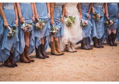 bridesmaidsbouquetsboots